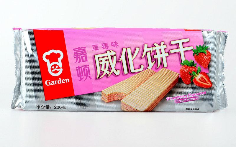 嘉顿 草莓味威化饼干200g(012375)